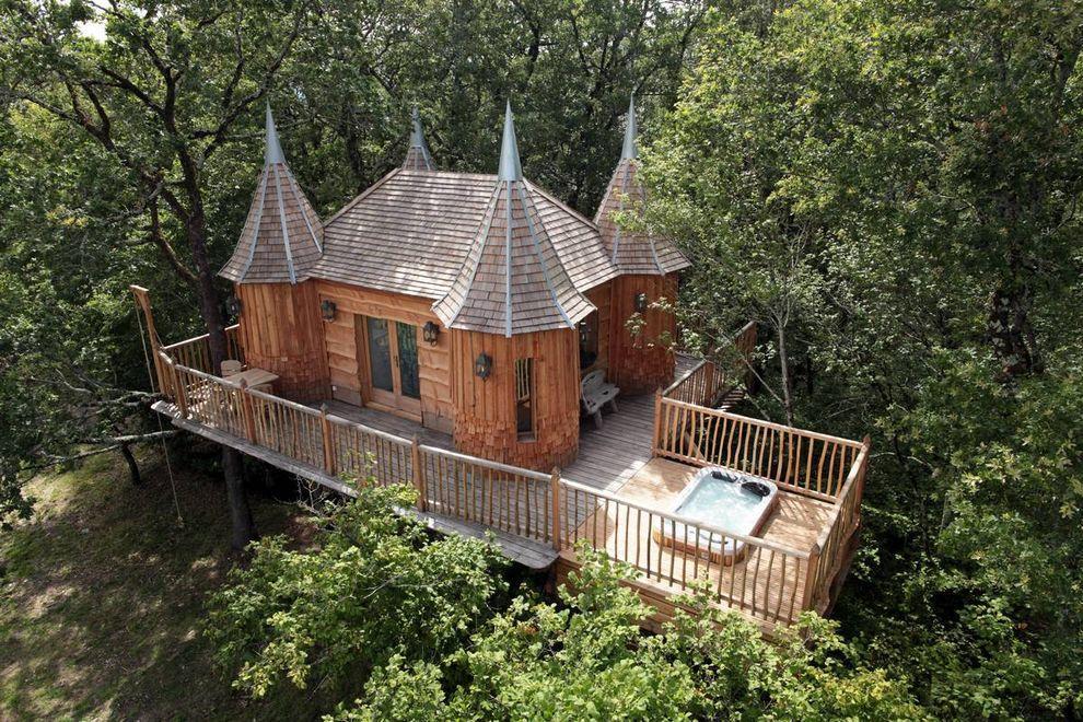 ontrees03 10 самых удивительных отелей на деревьях