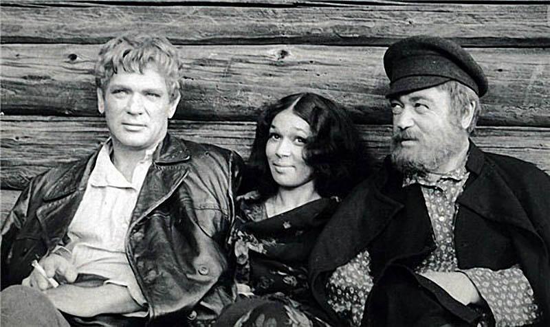 http://bigpicture.ru/wp-content/uploads/2013/06/sovietmovies16.jpg