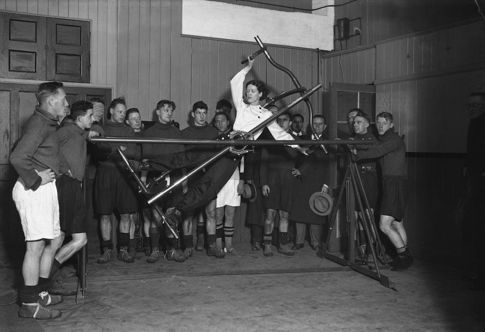 110048750 10 Как выглядел фитнес начала ХХ века