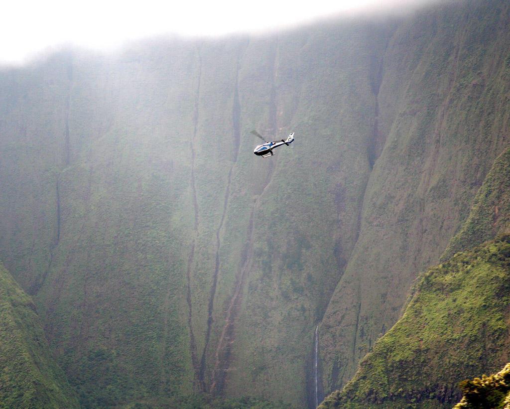422775971 83fff85180 o Стена слез: водопад Хонокохау на Гавайях