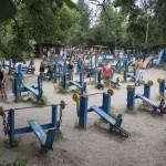 Самая суровая в мире качалка – тренажёрный городок в киевском Гидропарке