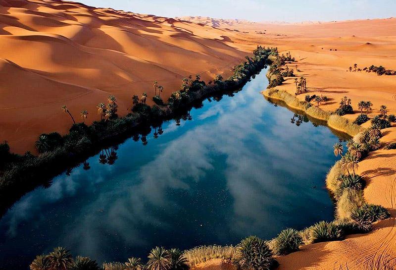 BIGPIC82 Сказочный оазис в африканской пустыне: озера Убари