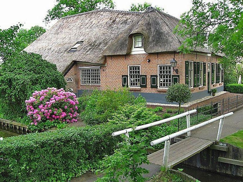 Giethoorn03 Гитхорн: деревня, где нет дорог