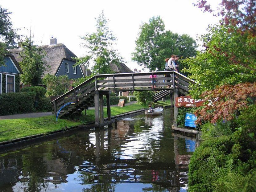 Giethoorn18 Гитхорн: деревня, где нет дорог