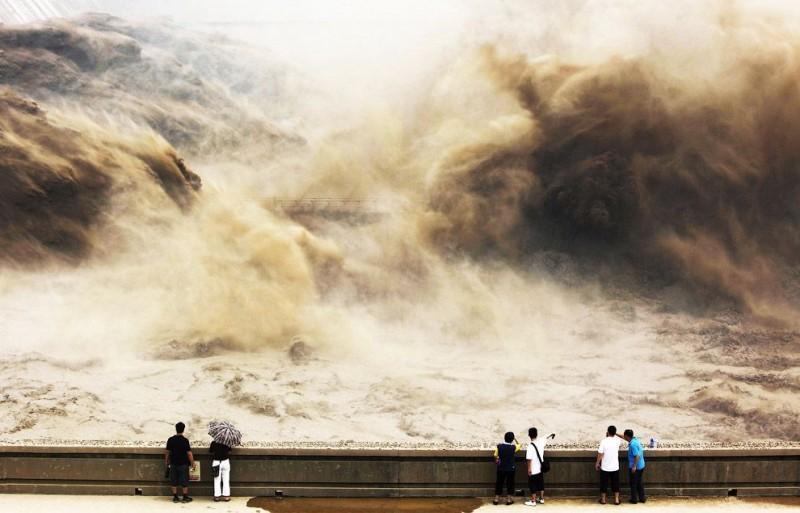 HuangHe11 800x513 Грандиозное зрелище на реке Хуанхэ