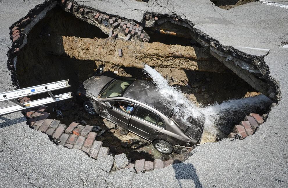 Sinkholes01 Карстовые воронки   когда земля разверзается