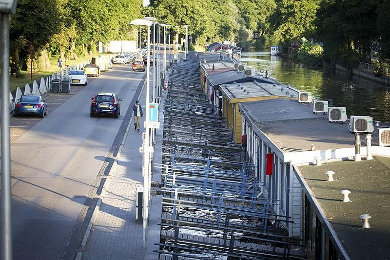 Utrecht07 Проститутки на плавучих баржах в Утрехте