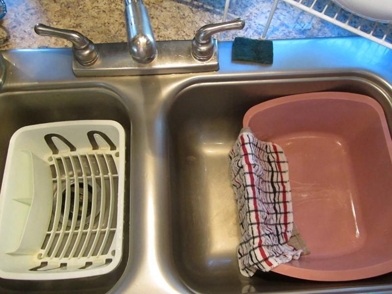 Картинки помыть грязную посуду