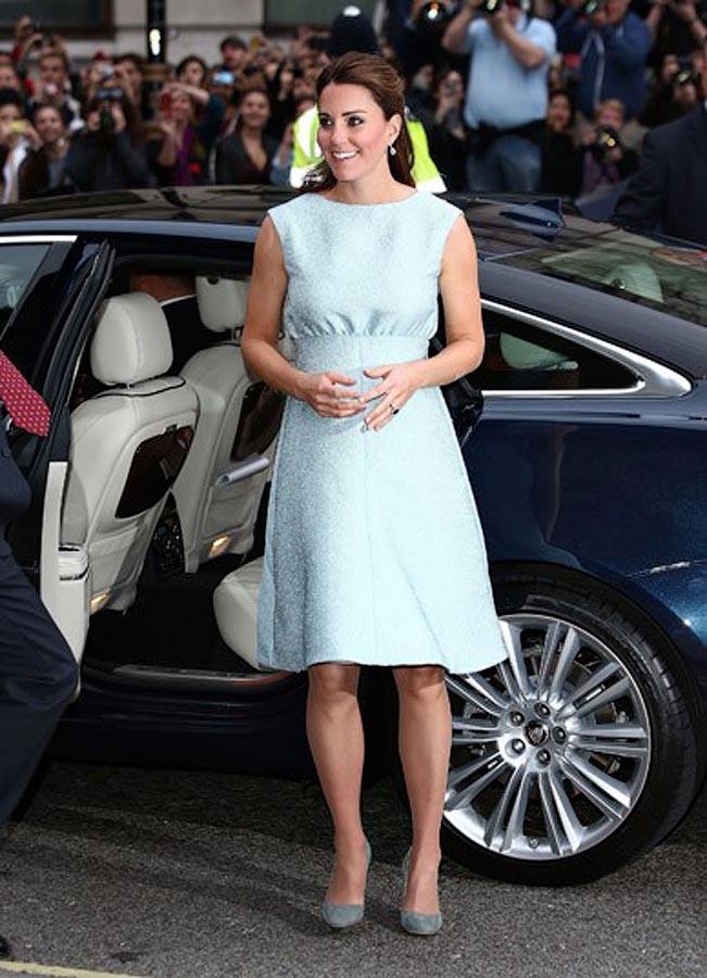 dutchess09 15 появлений беременной Кейт Миддлтон на публике