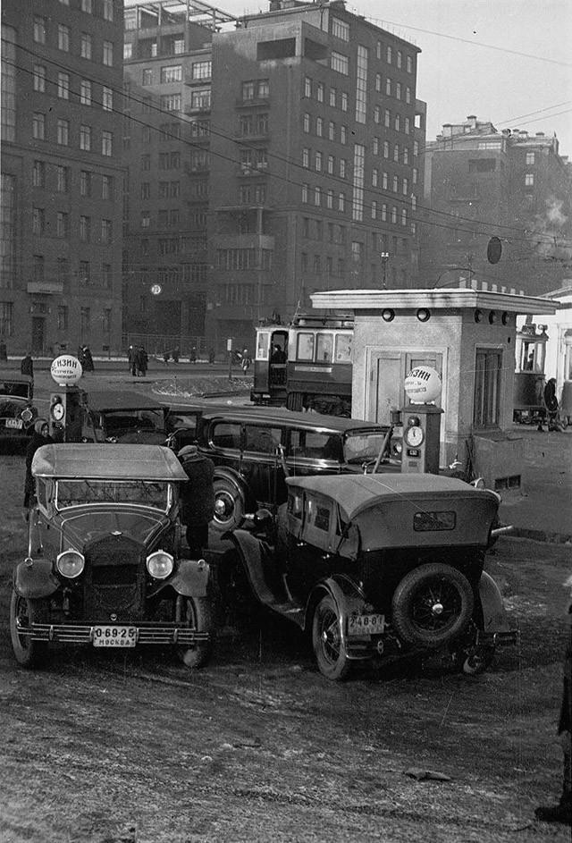 gasstation02 Бензоколонки в СССР   история в фотографиях