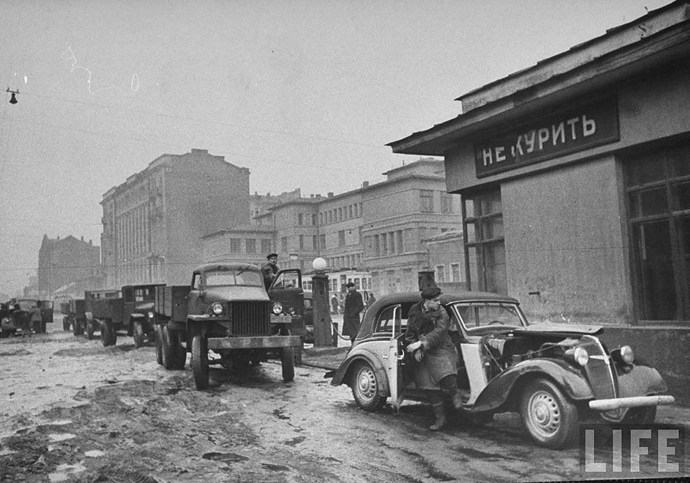 gasstation05 Бензоколонки в СССР   история в фотографиях