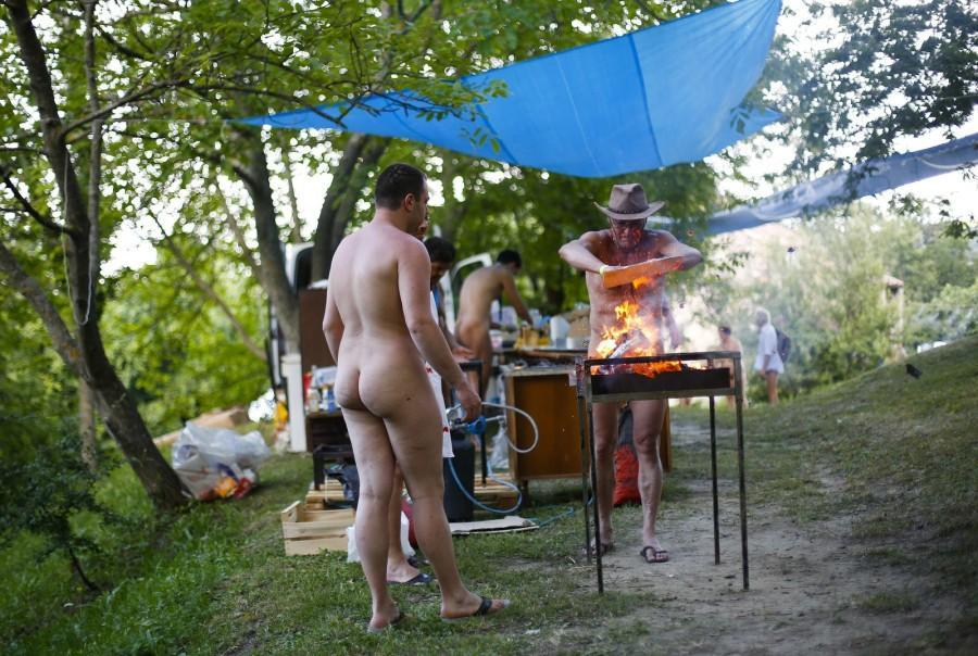 iNudisti03会议在意大利的裸体主义者