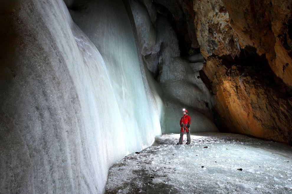 icehall01 Ледяные чертоги Словении