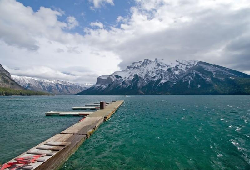onlakes01 800x543 12 лучших озер для летнего отдыха