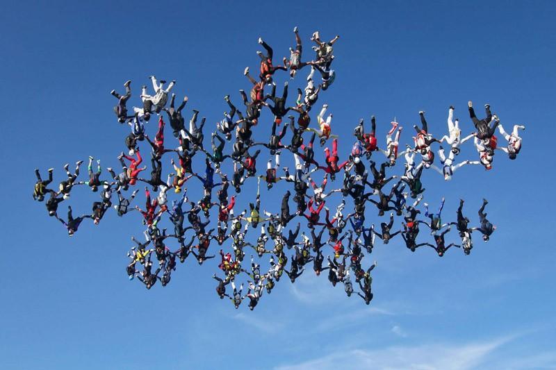 parachutes12 Самые впечатляющие фигуры парашютного спорта