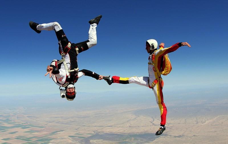 parachutes17 Самые впечатляющие фигуры парашютного спорта