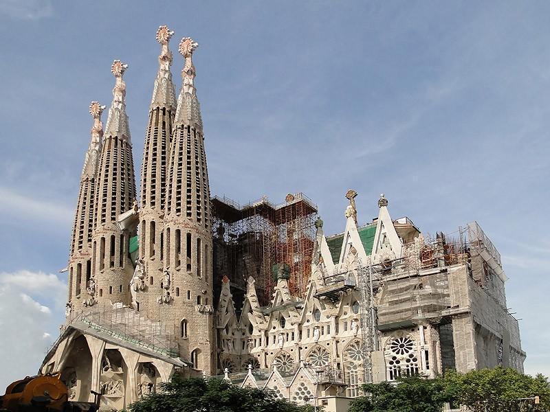 uncomplete10 10 самых известных недостроенных зданий