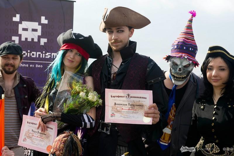 В Москве прошла свадьба последователей Макаронного монстра (6)