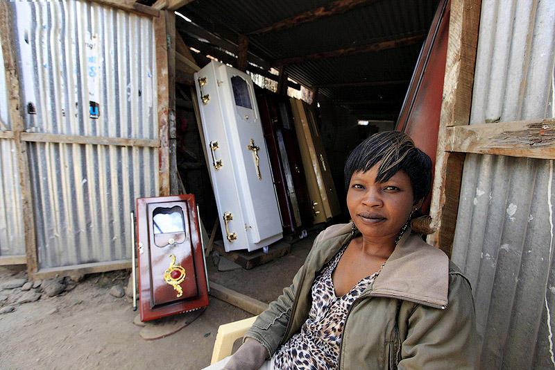 BIGPIC44 Похоронный бизнес в Африке