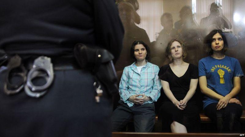 2 самых громких «женских» преступления и наказания года