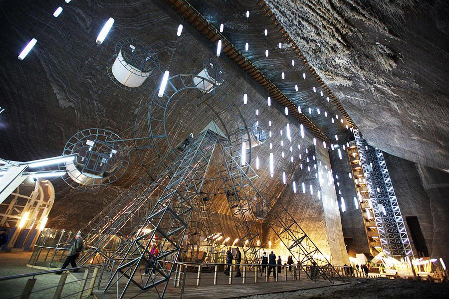 SalinaTurda11 Гигантская соляная шахта Салина Турда