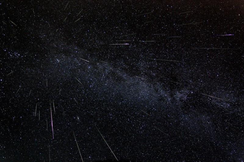 Starfall02 800x533 Лучший повод загадать все самые сокровенные желания
