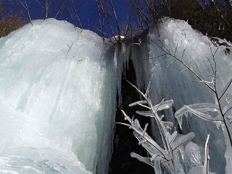 icefalls10 10 невероятных ледяных водопадов