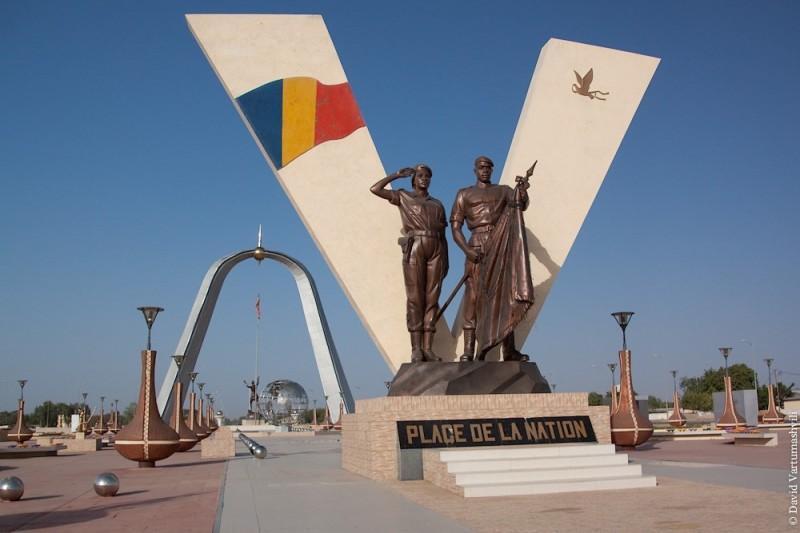 ndjamena01 800x533 Прогулка по столице беднейшей африканской страны