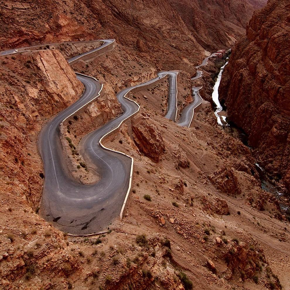 roads01 20 самых живописных и рискованных дорог для любителей приключений
