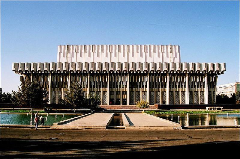 soviet01 Как выглядят футуристичные здания времен СССР