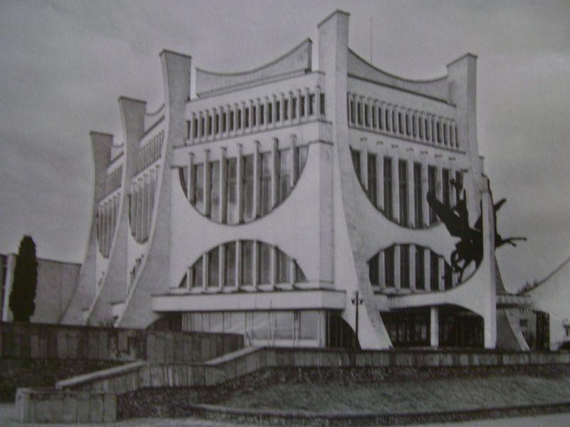 soviet05 Как выглядят футуристичные здания времен СССР