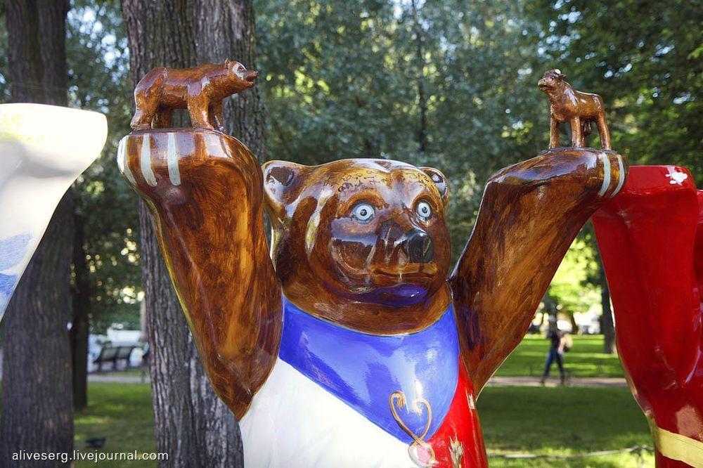 BuddyBears24 Превед, медведы!