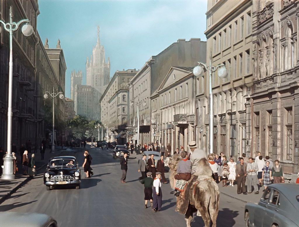 """1956 года в фильме """"старик хоттабыч"""