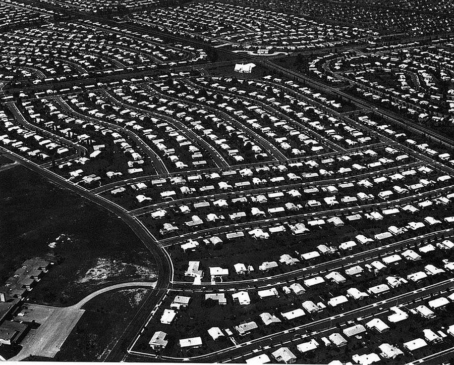 Suburbia01 19 лучших фотографий американских обывателей