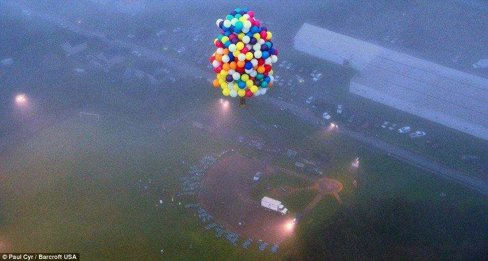 Trappe04 Американец пытался перелететь Атлантический океан на 375 воздушных шарах