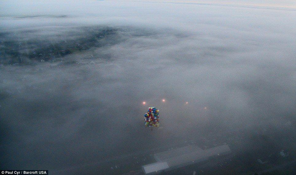 Trappe06 Американец пытался перелететь Атлантический океан на 375 воздушных шарах