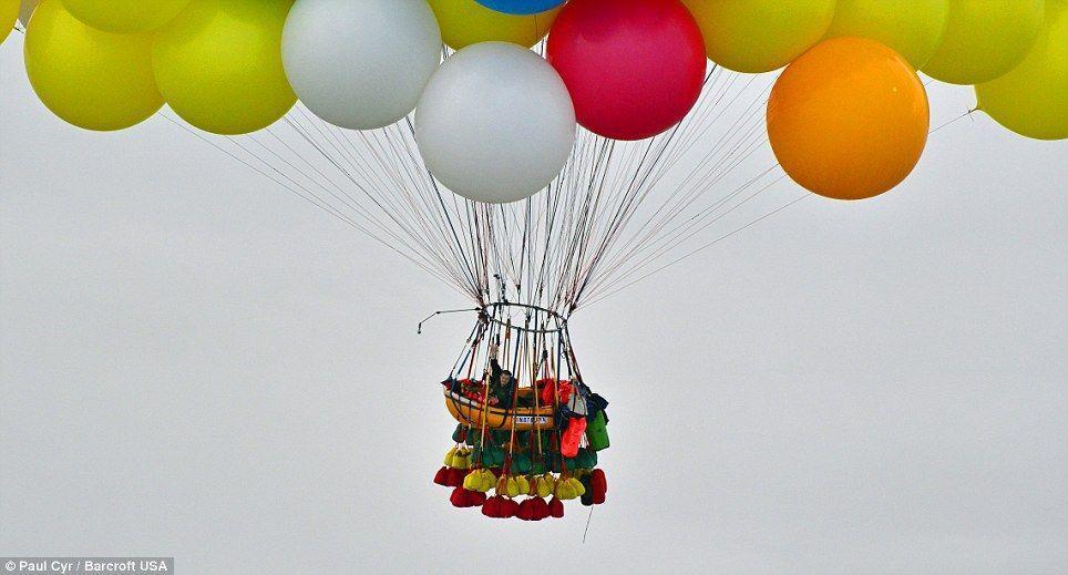 Trappe08 Американец пытался перелететь Атлантический океан на 375 воздушных шарах