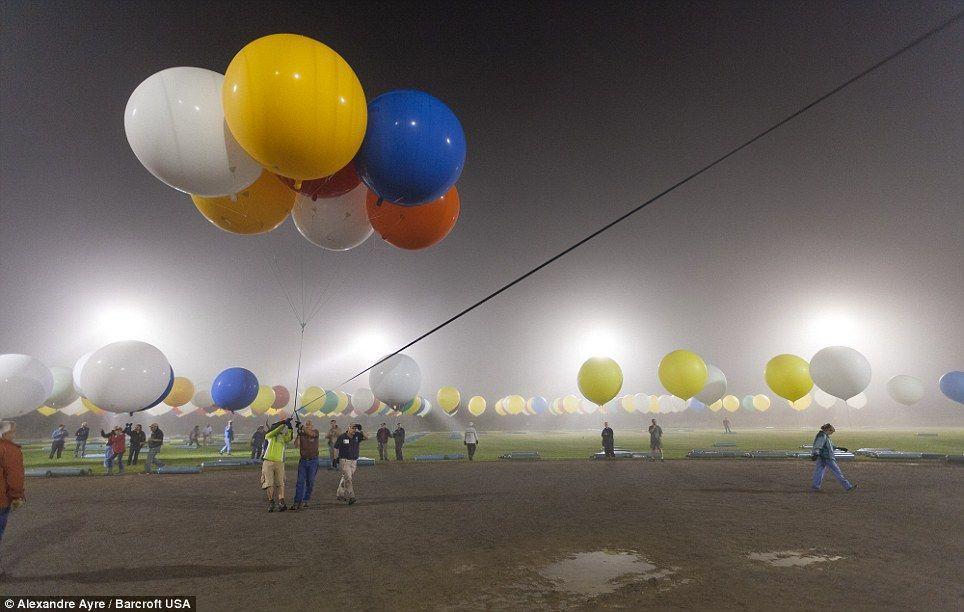Trappe14 Американец пытался перелететь Атлантический океан на 375 воздушных шарах