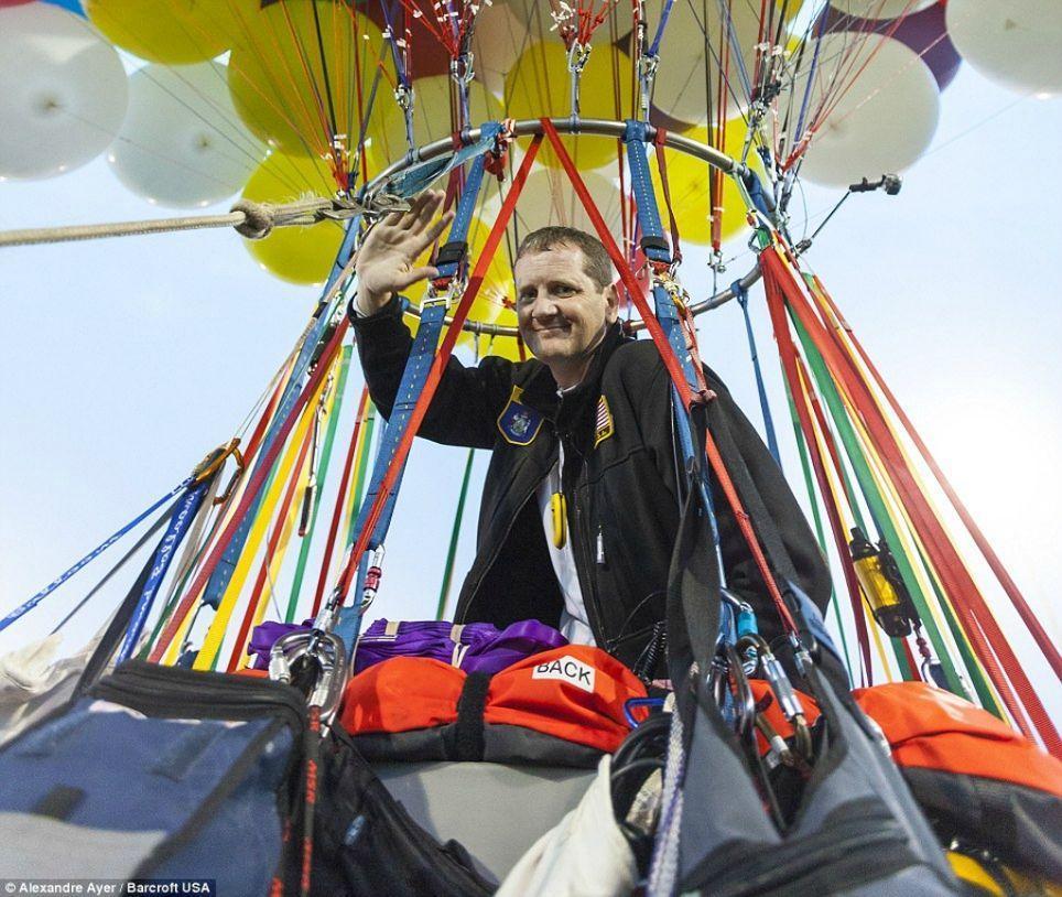 Trappe16 Американец пытался перелететь Атлантический океан на 375 воздушных шарах