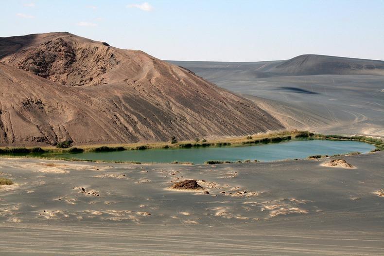 WawanNamus09 Вау ан Намус   оазис в вулканическом кратере