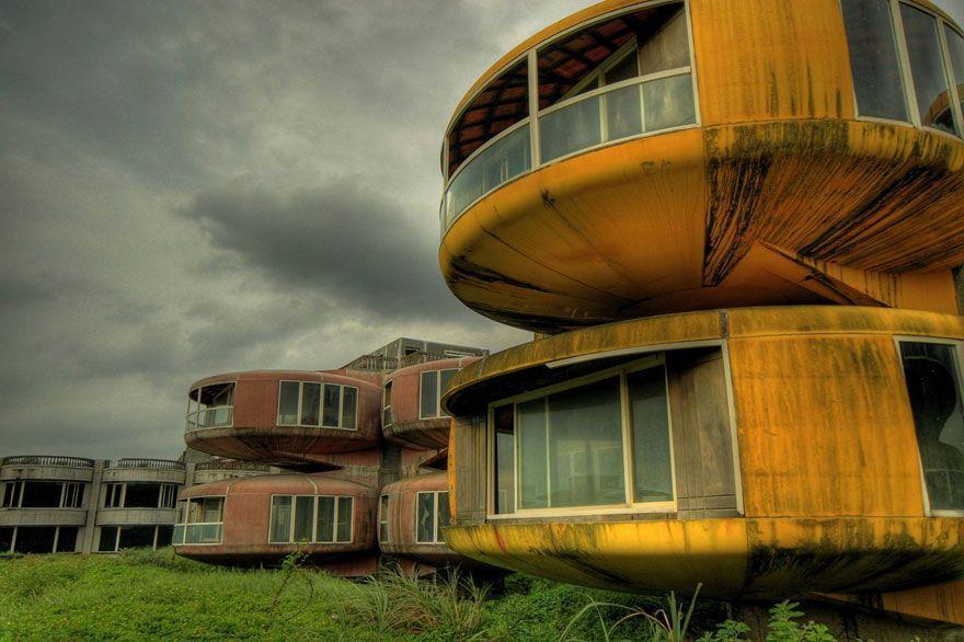 abandoned30 Заброшенные места с жутковатой атмосферой