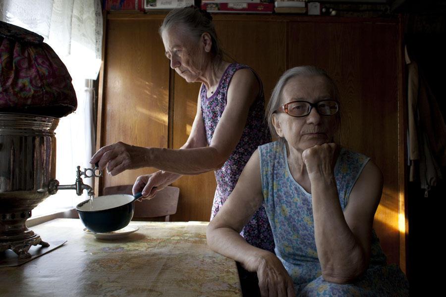 aunties02 15 уникальных фотографий из жизни российской глубинки