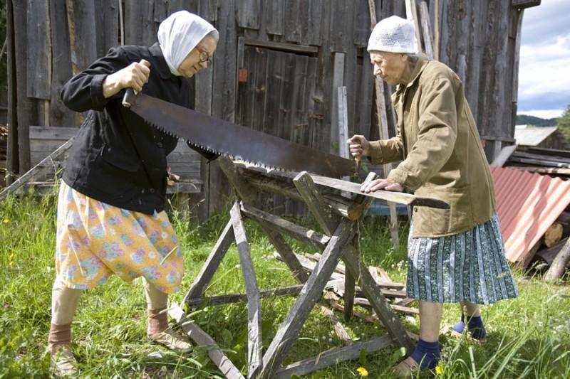 aunties07 800x533 15 уникальных фотографий из жизни российской глубинки