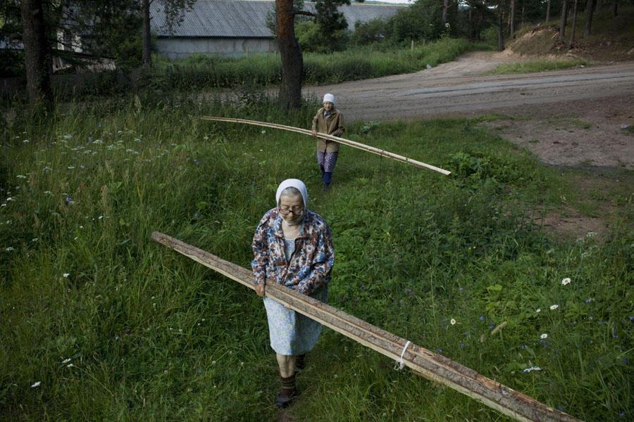aunties12 15 уникальных фотографий из жизни российской глубинки
