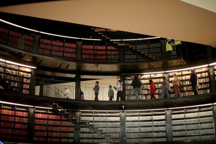 biggestlibrary01 Самая большая библиотека в Европе