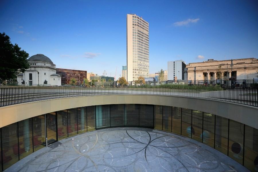biggestlibrary11 Самая большая библиотека в Европе