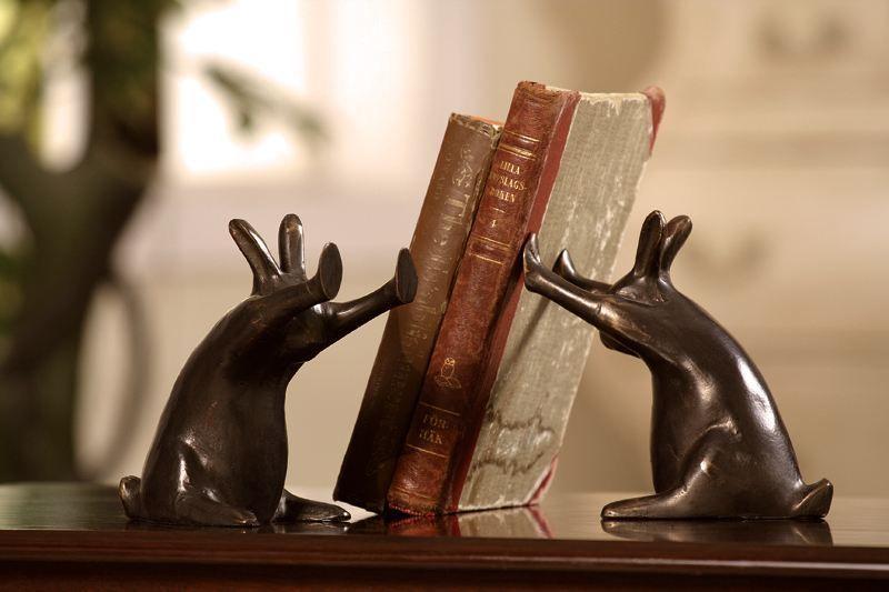 bookhold02 Креатив на книжной полке