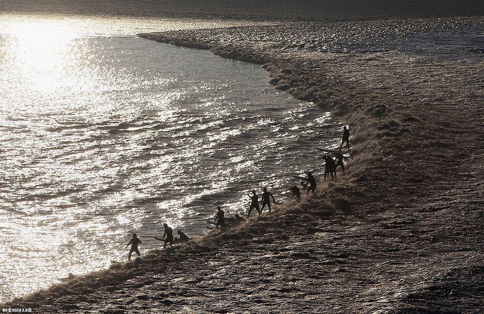 flow12 Уникальная приливная волна
