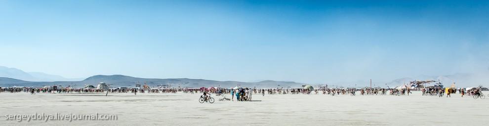 titsonburningman41 Burning Man 2013. 10 000 голых сисек в пустыне