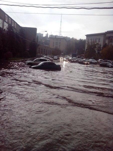 вида фото наводнения в ростове на дону впереди ждали